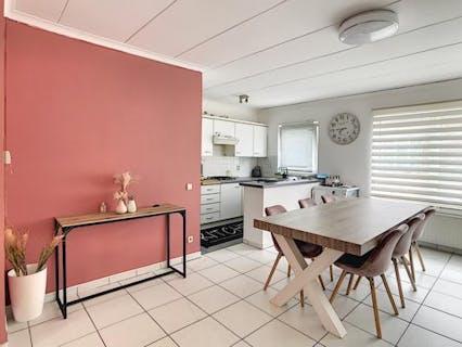 Gezellig 2 slaapkamer appartement te Mechelen met garage