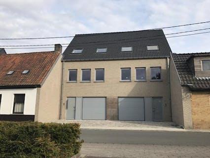Moderne woning (130m²) in het centrum van Avelgem.