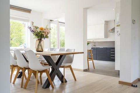 Ruim instapklaar appartement (120m²) met zuidterras van 37m² in het centrum van Waregem