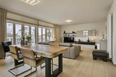 Ruim en knap afgewerkt appartement in het centrum van Knokke