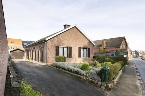 Centraal gelegen huis te koop nabij centrum Poperinge