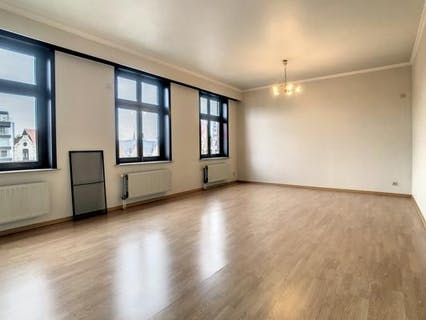 Instapklaar appartement met 2 slaapkamers te Roeselare