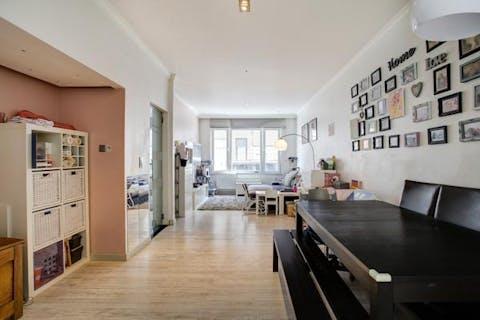 Huis met terras te koop te Antwerpen