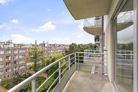 Recent studio with terrace for sale in Molenbeek.