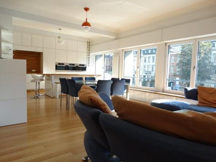 Luxury furnished apartement with 3 bedrooms, 3 bathrooms + a terrace