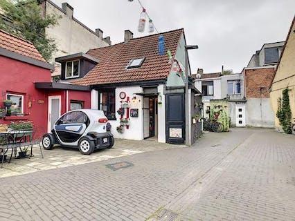 Uniek huis op woonerf te Deurne vlak aan Rivierenhof