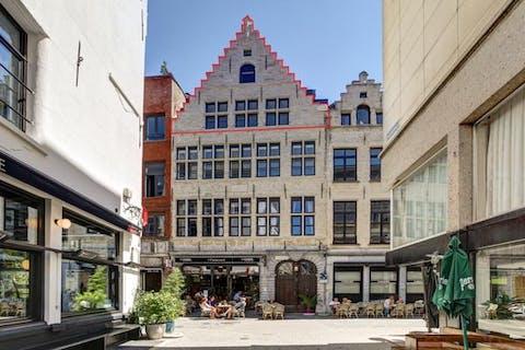 Gerenoveerd duplex appartement te koop op toplocatie in het centrum van Antwerpen
