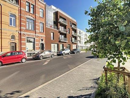 Subliem appartement te Brugge (Sint-Kruis) met zicht op de Damse Vaart