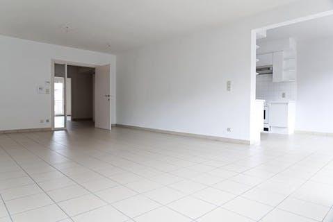 Instapklaar appartement met 2 slaapkamers en dubbel terras te Roeselare