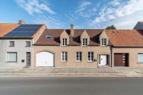 Woning op 1.245 m² met 3 slaapkamers te koop in Beerst