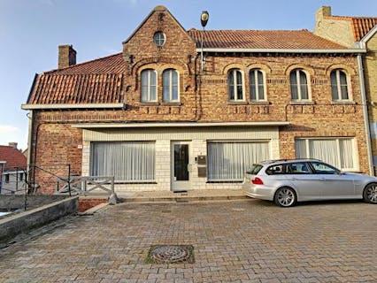 Huis te koop in Wijtschate met 4 slaapkamers