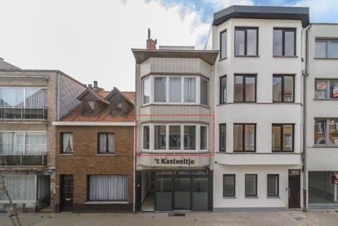 zeer verzorgd en gerenoveerd appartement in centrum van De Panne.