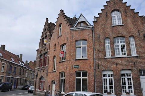 Belle maison de ville avec 2 chambres et villa de ville à Bruges