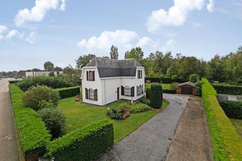 Karaktervolle villa met tuin in rustige wijk in Heusden
