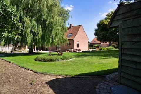 Hoeve te koop in Staden op een perceel van 3.310 m².