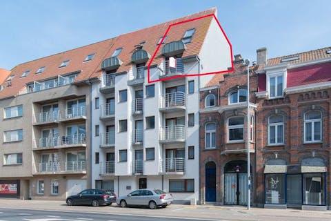 Knus 2-slaapkamer duplexappartement met terras!
