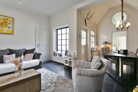 Gerenoveerd huis met veel mogelijkheden in Moerkerke