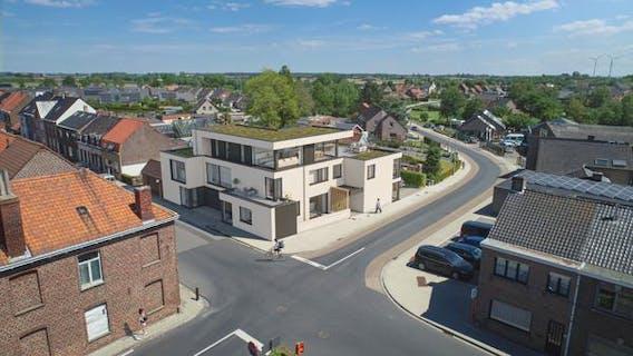 Nieuwbouw huis met 2 slaapkamers terras en klein tuintje