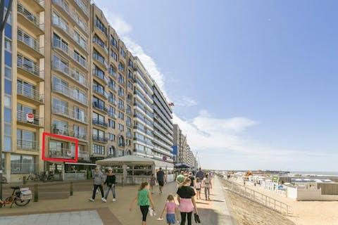 Appartement met frontaal zeezicht in Blankenberge