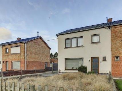Gezinswoning met 3 slaapkamers op een perceel van 788m² in Evergem
