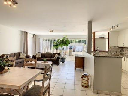 Ruim gelijkvloers appartement met 3 slaapkamers te huur in Wuustwezel