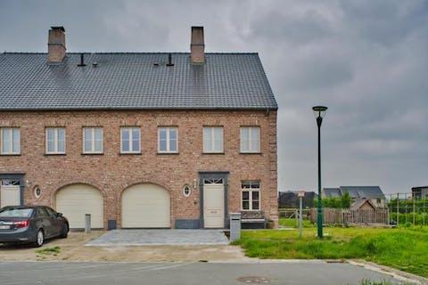 Recent huis te koop met 3 slaapkamers in Lievegem