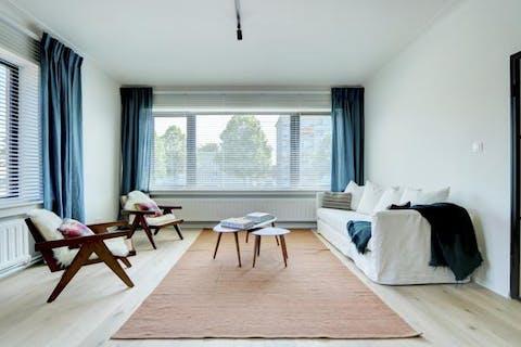 Gerenoveerd appartement (110m²) met 3 slaapkamers in Wilrijk