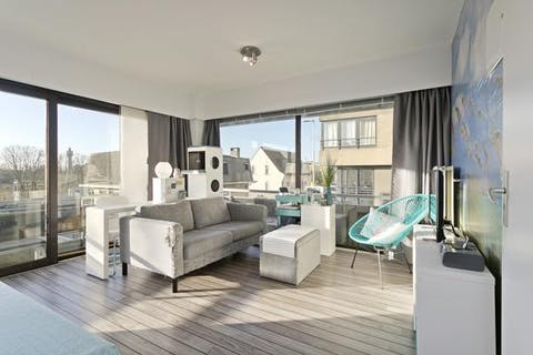 Zonnig appartement in totaal gerenoveerde residentie