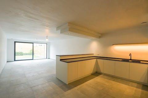 Groot huis met 4 volwaardige slaapkamers (nieuwbouw onder registratierechten!) te koop in centrum Wuustwezel