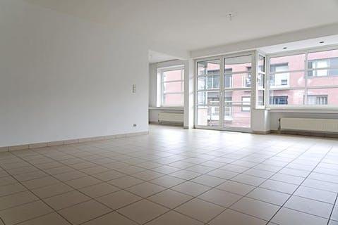 Ruim appartement te koop in centrum Roeselare