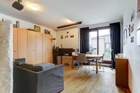 Appartement op super bereikbare locatie te Gent met zalig terras