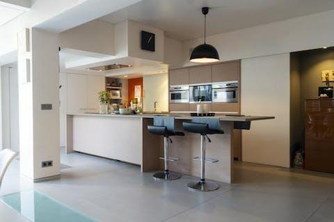 Prachtig gerenoveerd herenhuis met 5 kamers te koop in Beveren-Leie