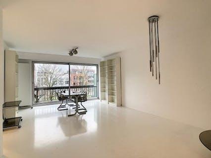 Instapklaar appartement met twee terrassen te koop te Antwerpen Borgerhout.