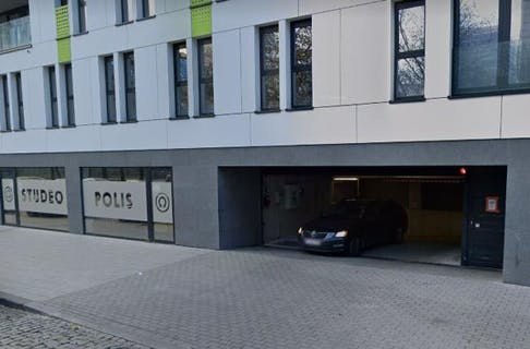 parking pitch for rent Helihavenlaan 47 1000 Brussels