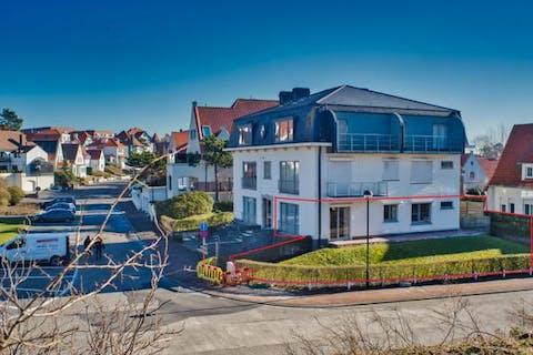 Charmant appartement met autostandplaats in Duinbergen