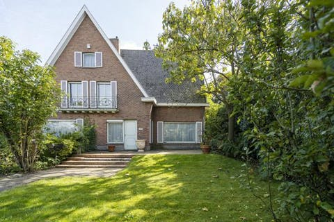 Statig huis met 4 kamers op 1.027m² te koop in Sint-Eloois-Vijve