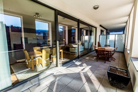 Magnifique appartement meublé 2ch. + terrasse!
