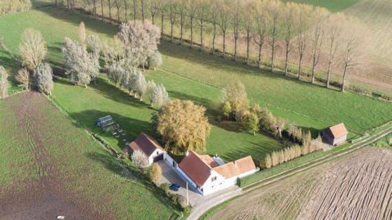 Landelijke woning met garage en schuurtje op x m²