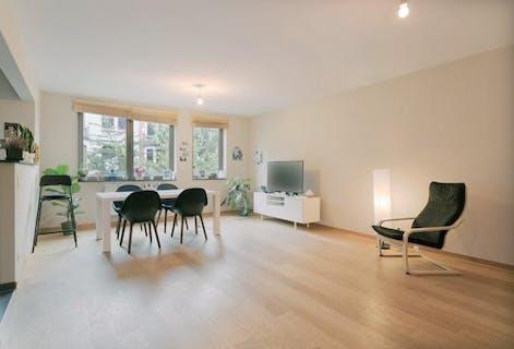 2 bedroom apartment with parkingspot for sale in Schaerbeek (PLASKY)