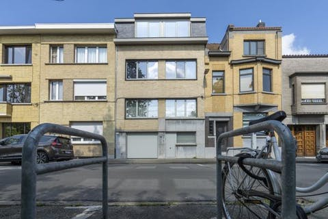 Huis te koop met 5 slaapkamers op een topligging te Kortrijk