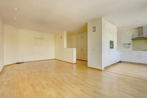 Appartement met 2 slaapkamers en terras te Antwerpen