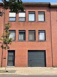 Instapklaar huis met tuin te koop in Deurne!
