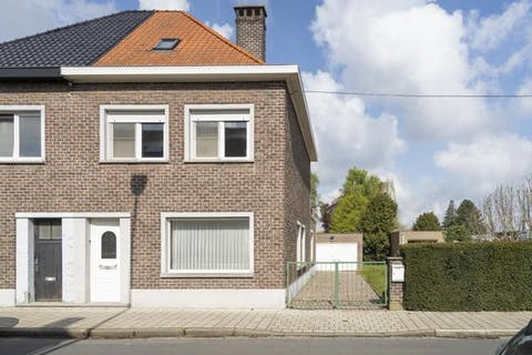 Huis met 3 slaapkamers op 1094 m² te Oudenaarde!