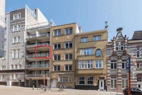 Gezellige studio met zonneterras te koop te Oostende