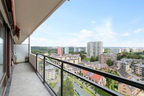 Appartement + studio te koop in Ganshoren!