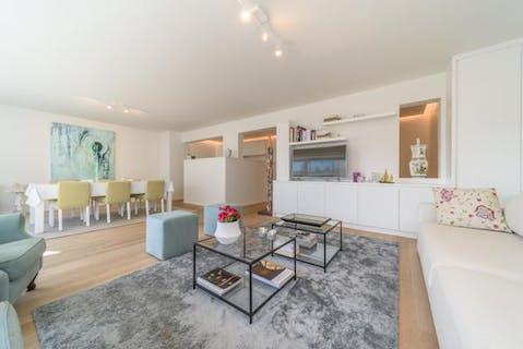 Volledig gerenoveerd appartement met 3 slaapkamers in de Zeelaan te De Panne