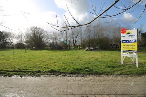 Bouwgrond voor open bebouwing van 566m² in Breendonk