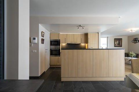 Recent appartement van 111m² te koop in het centrum van Waregem