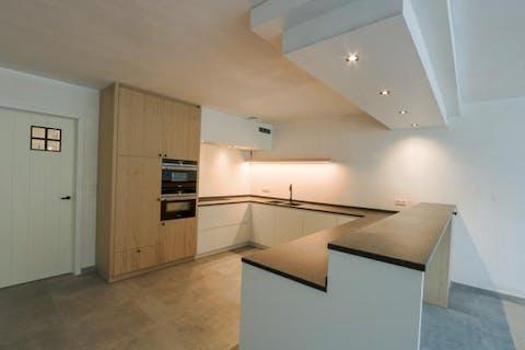 Verrassend ruim huis (nieuwbouw onder registratierechten!) te koop in centrum Wuustwezel