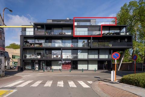 Lichtrijk appartement met ruim terras van 80m² op topligging in Waregem